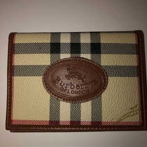 Burberry plaid Cardholder
